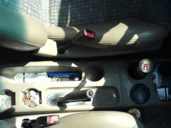 2000 Ford Escape Interior Before