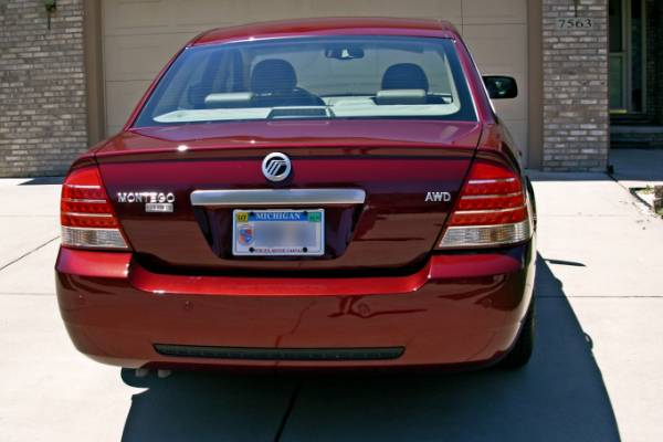 2005 Mercury Montego Premier AWD, rear deck lid reflections